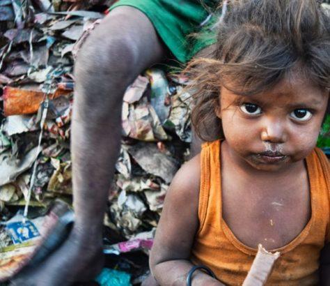 Crianças pobres